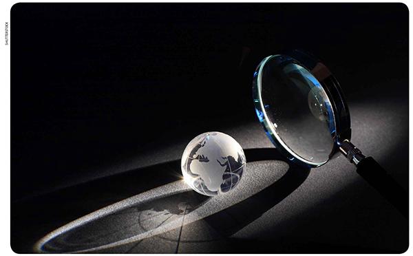 3d57cdc9f Esae segundo grupo é formado por lentes que são mais finas no centro; são  as chamadas lentes de bordos espessos. O símbolo que representa essas lentes  está ...